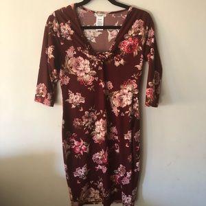 Dresses & Skirts - Mid sleeve floral dress